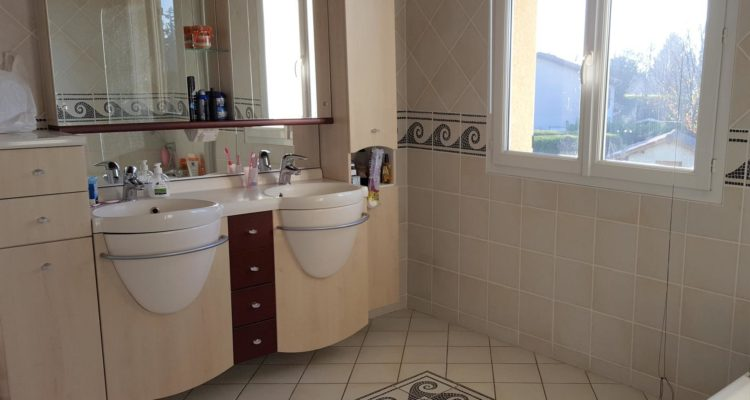 Maison Parcieux 170m² - Parcieux (01600) - 10