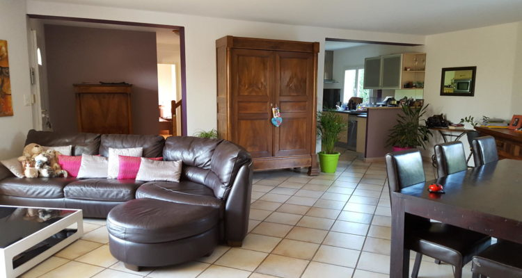 Maison Parcieux 170m² - Parcieux (01600) - 3