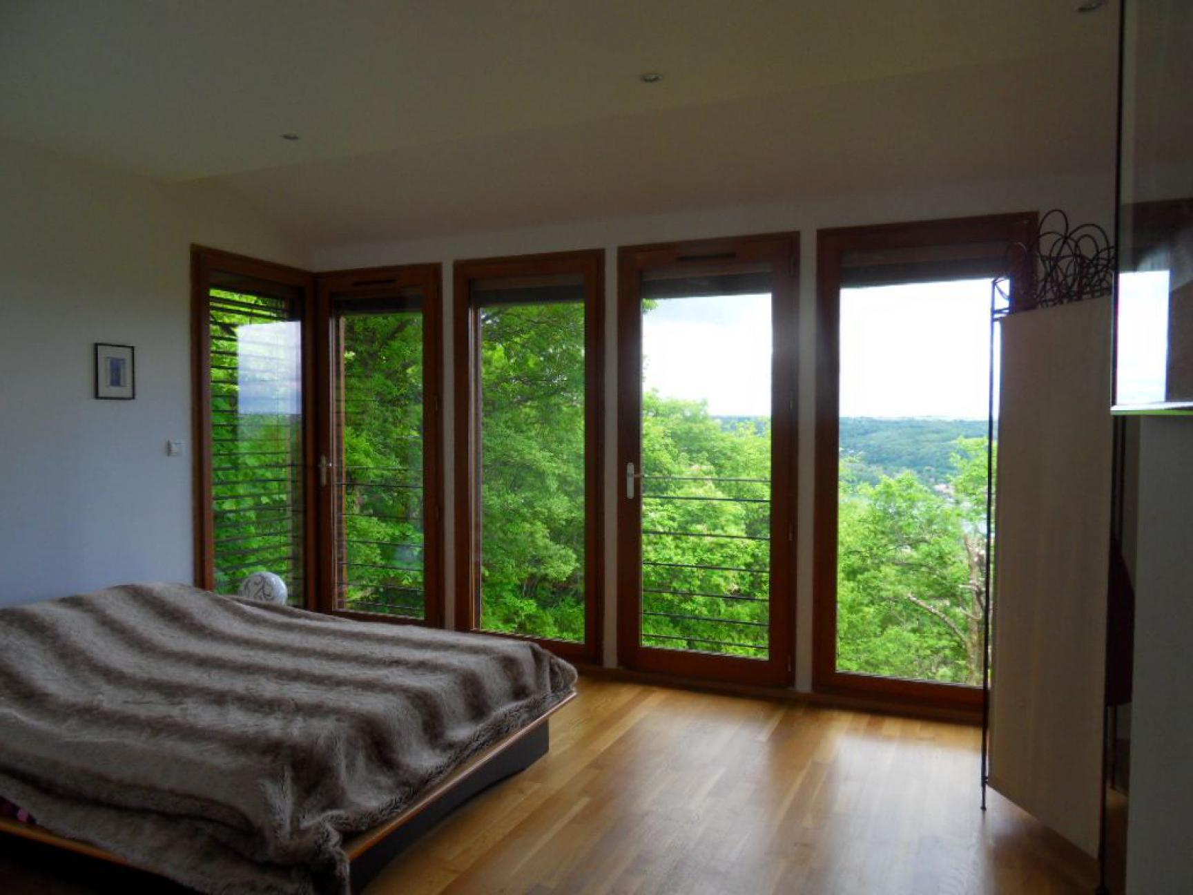 vente maison couzon au mont d 39 or maison couzon au mont d 39 or 200m 69270 620 000 rsimmo. Black Bedroom Furniture Sets. Home Design Ideas