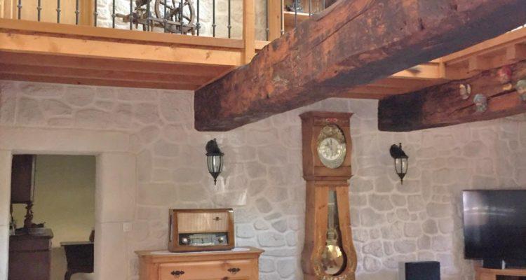 Maison 241m² sur 841m² de terrain - Toussieux (01600) - 14