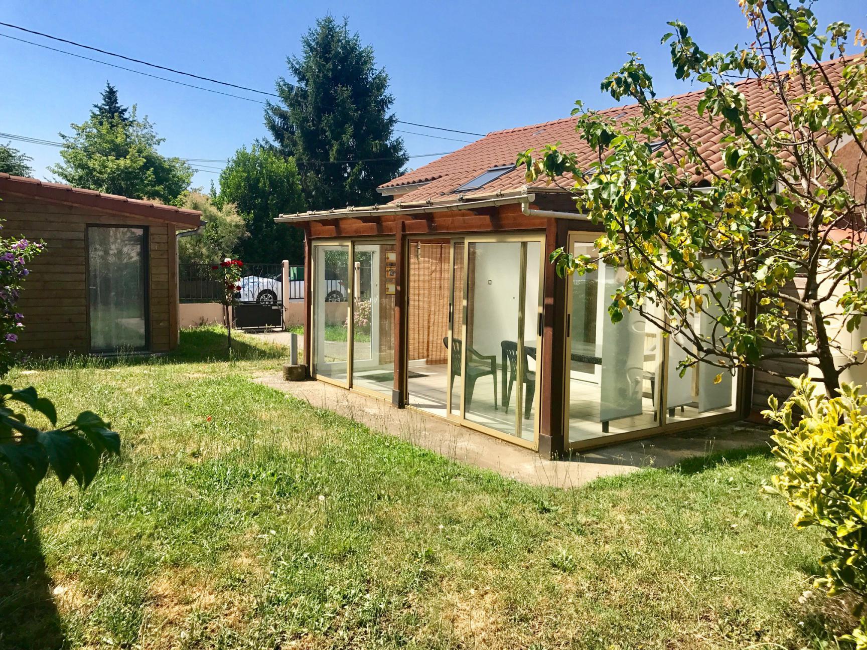 Stunning rez de jardin decines pictures amazing house for Achat maison chassieu