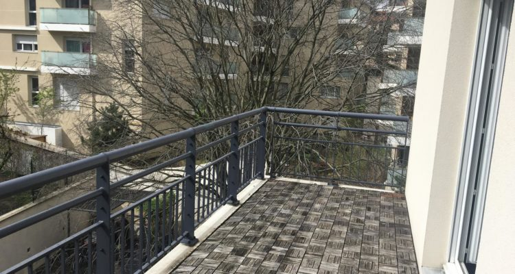 Appartement T4 83m² - Villeurbanne (69100) - 9