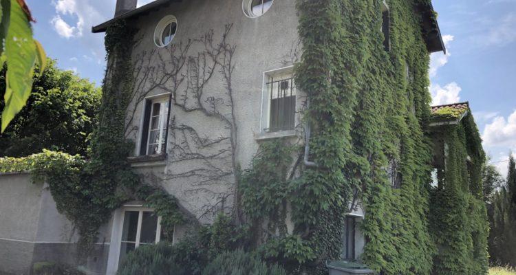 Maison 215m² sur 2000m² de terrain - Saint-Didier-de-Formans (01600) - 1