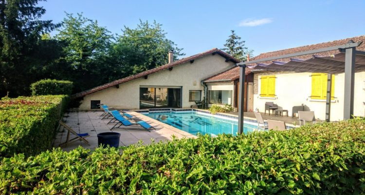 Maison 197m² sur 2000m² de terrain - Saint-Jean-d'Ardières (69220)