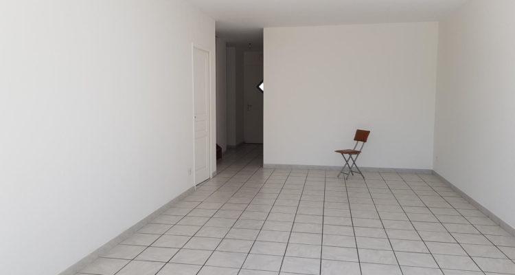 Maison 100m² sur 232m² de terrain - Massieux (01600) - 2