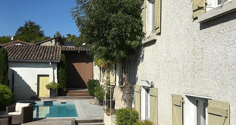 Maison 250m² sur 930m² de terrain - Genay (69730) - 2