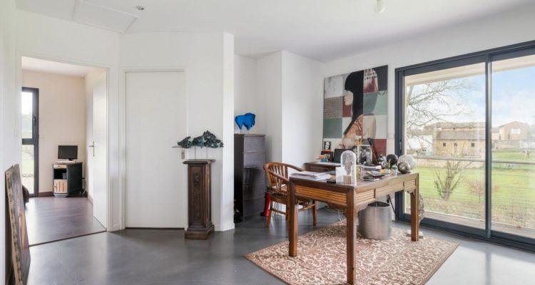 Maison 169m² sur 1500m² de terrain - Liergues (69400) - 2