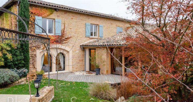 Maison 358m² sur 1000m² de terrain - Liergues (69400) - 1