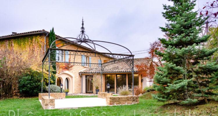 Maison 358m² sur 1000m² de terrain - Liergues (69400) - 5