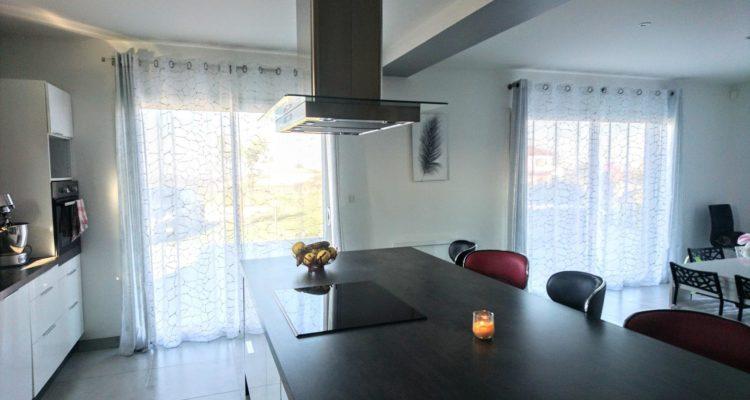 Vente Maison 136 m² à Saint-Étienne-des-Oullières 399 000 € - Saint-Étienne-des-Oullières (69460) - 1