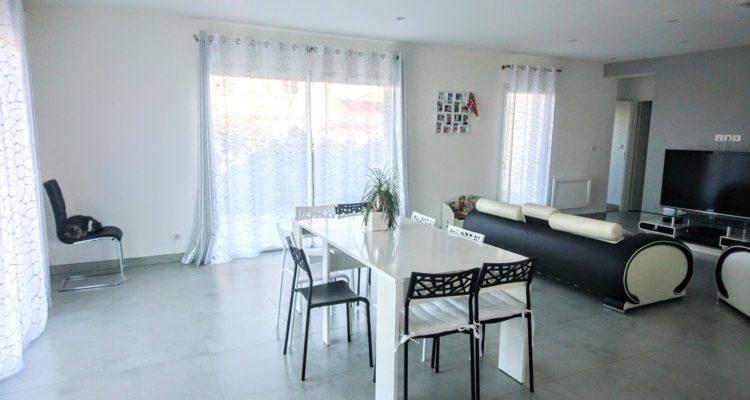 Vente Maison 136 m² à Saint-Étienne-des-Oullières 399 000 € - Saint-Étienne-des-Oullières (69460) - 2