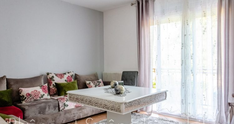 Vente Maison 96 m² à Saint-Bernard 330 000 € - Saint-Bernard (01600) - 3