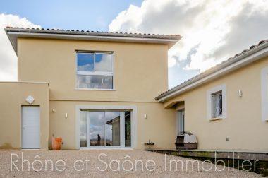 Vente Maison 230 m² à Le Bois-d'Oingt 658 000 € - 1