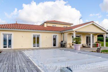Vente Maison 230 m² à Villefranche-sur-Saône 658 000 € - 1