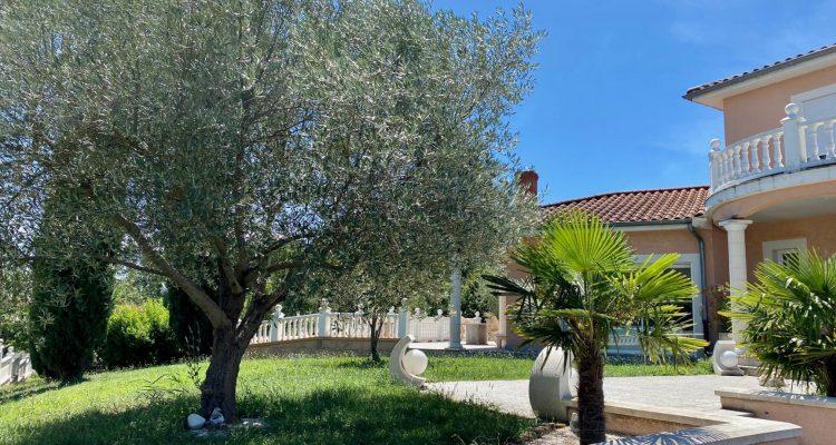 Vente Maison 300 m² à L'Arbresle 740 000 € - L'Arbresle (69210) - 2