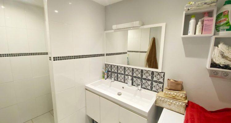 Vente T3 74 m² à Saint-Laurent-de-Chamousset 190 000 € - Saint-Laurent-de-Chamousset (69930) - 10